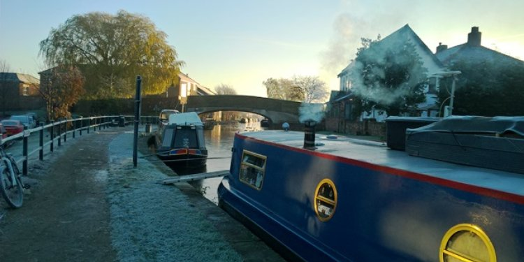 Frosty Morning Burscough Bridge – Nick Guest